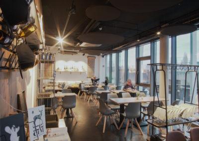 FOXX Deli & Café
